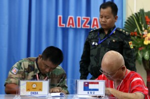 Laiza Agreement 2 Nov 2013 by JPaing/The Irrawaddy