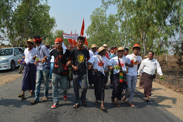 Student march Kaung Myat Min-Irrawaddy-10-FEB-2015