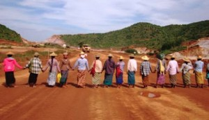 land owners protest thier land in Burma