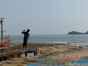 parlain-region-fishing-village-2